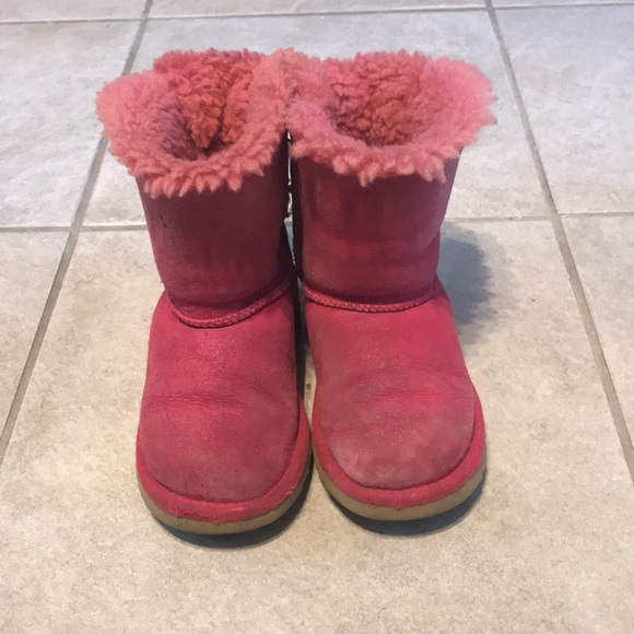 dbd9b188102 Bailey Bow pink Ugg boots